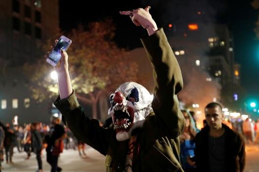 anti-trump-protests-erupt-across-america